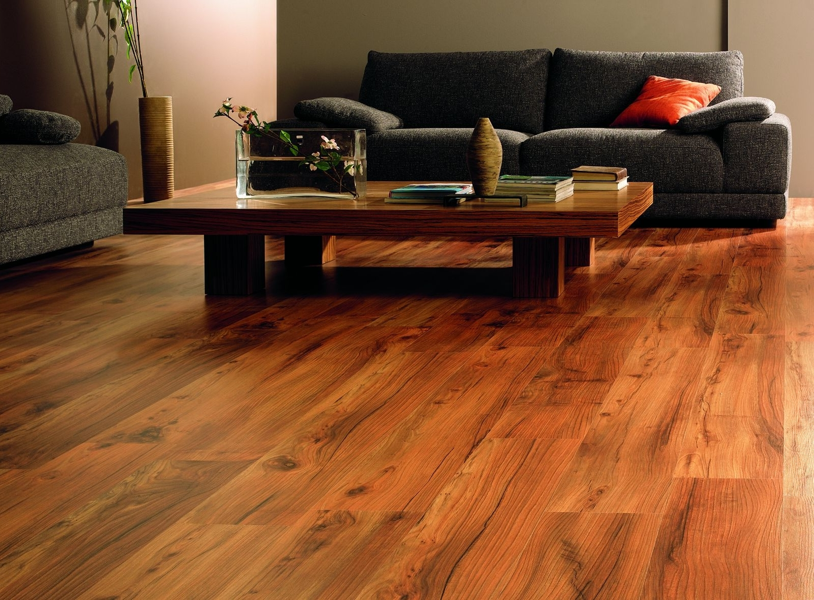 Best-Vinyl-Wooden-Living-Room-Flooring - Granite & More